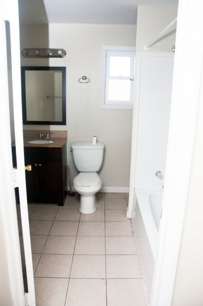 107s-7th-st_bathroom_1a_100414