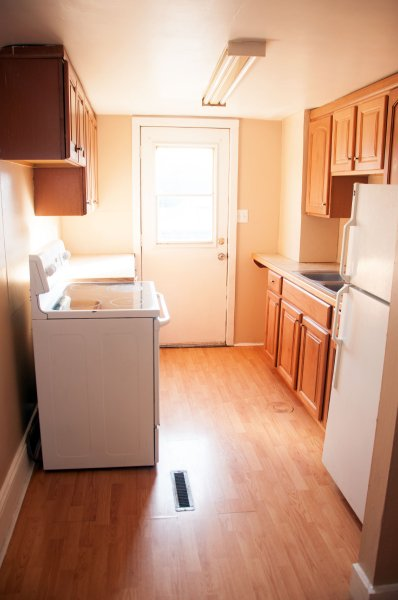 1804-11th-st-3rd-flr_kitchen_1b_062215