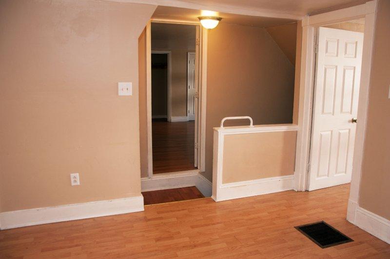 1804-11th-st-3rd-flr_living-room_1b_062215