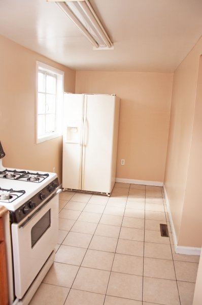 614-10th-st-1st-flr_kitchen_1b_100414