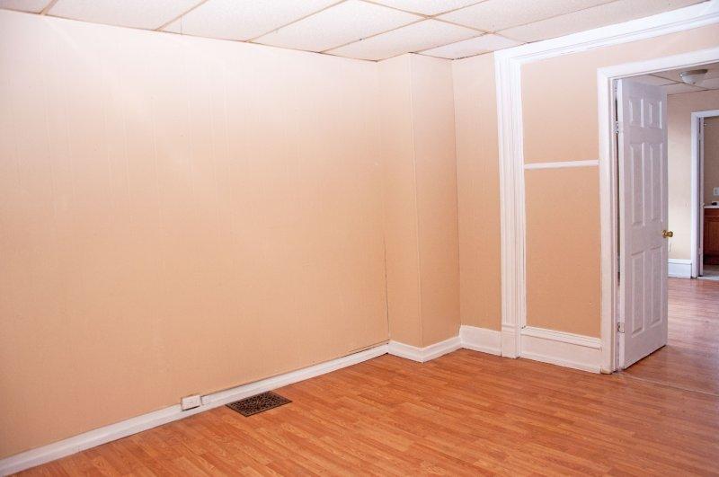 614-10th-st-1st-flr_living-room_1a_100414